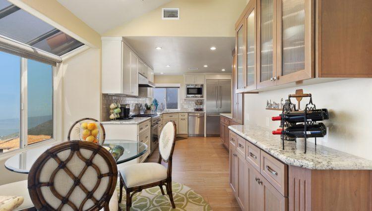 nook kitchen 1